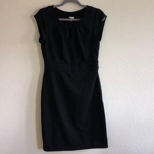 Black keyhole neck dress